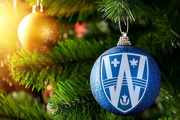 Xmas ornaments bearing UWindsor shield