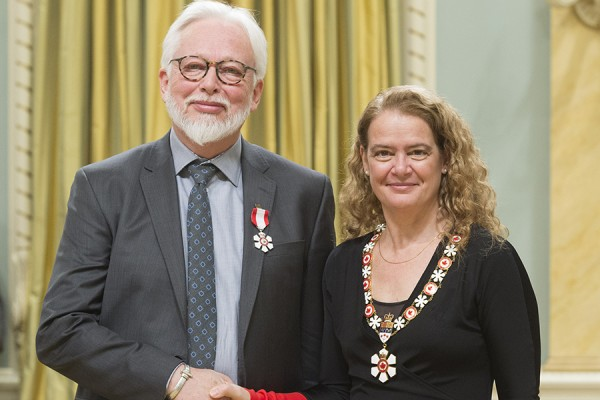 Gordon Smith, Julie Payette