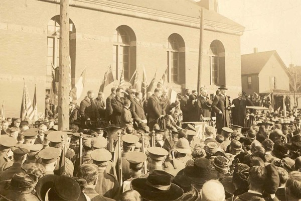 A thanksgiving service celebrates Peace with Victory, November 11, 1918, outside the downtown Armouries.
