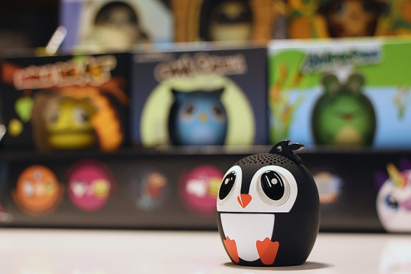 penguin-shaped speaker