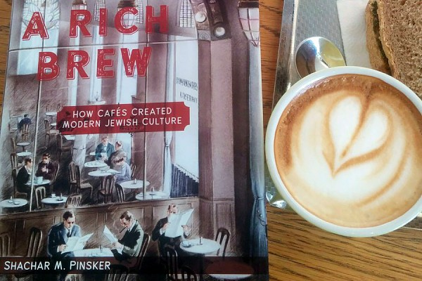 "book cover: ""A Rich Brew"""