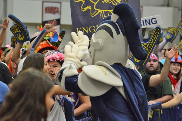 Lancer mascot Winston high-fiving students during Welcome Week 2016