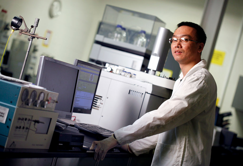 Tao Peng works in the lab at the University of Windsor's Ed Lumley Centre for Engineering Innovation.